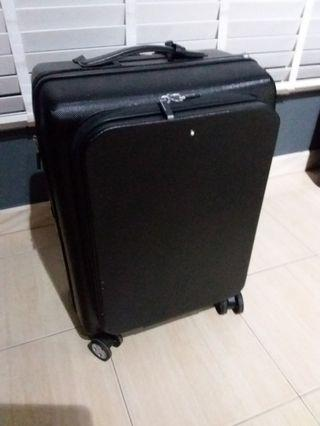 🚚 Mont blanc carry on Luggage Authentic