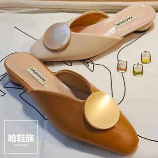 韓系圓頭V字銅片小跟鞋