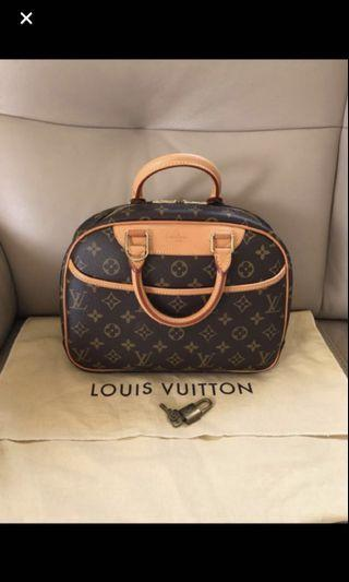 絕版Authentic LV Louis Vuitton Trouville