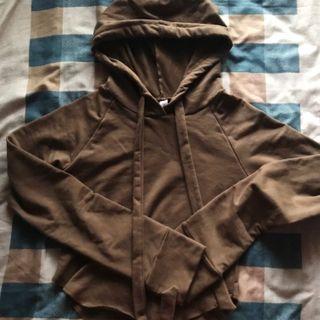 🚚 curved hem crop hoodie taupe