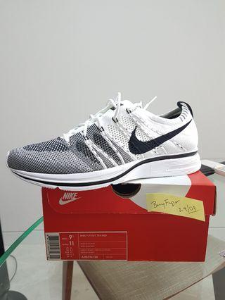 100% authentic Nike Flyknit Trainer YEKNIT US9.5/UK8.5