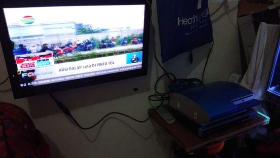 TV + PS 3 FAT