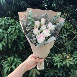 🚚 Available for Mother's Day - Rustic sweet pink rose bouquet (6/9 stalks)