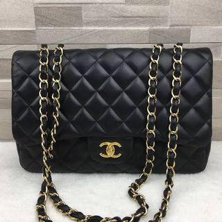 Tas Chanel maxi Classic klasik