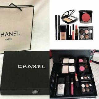 Chanel Palette makeup Chanel set