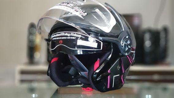 Nhk Gladiator double visor helmet