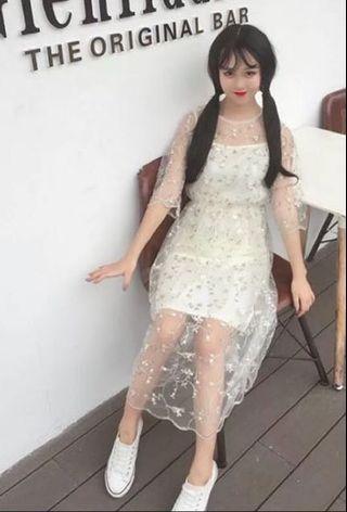 🚚 超仙花朵刺繡蕾絲網紗連衣裙