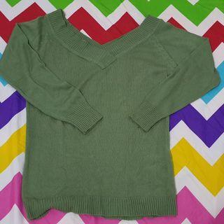 Sweater hijau 💜
