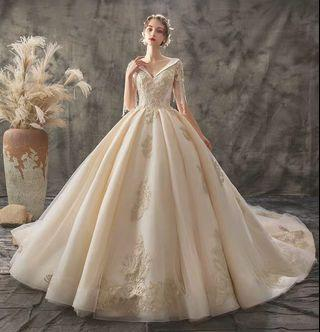 2019 new Summer Arrival elegant lace Wedding Gown