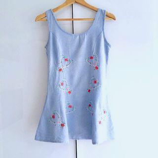 $5 SALE: Denim Floral Dress (do you see this marked sold? no. then OBVIOUSLY ITS AVAILABLE)