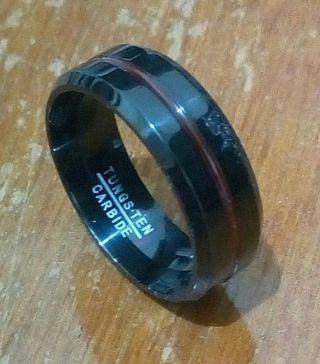 Cincin Tungsten Carbide Red line