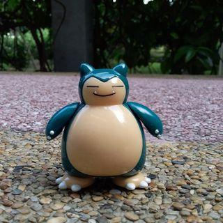 Pokemon -- Snorlax figurine