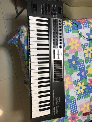 Roland midi keyboard PCR-500