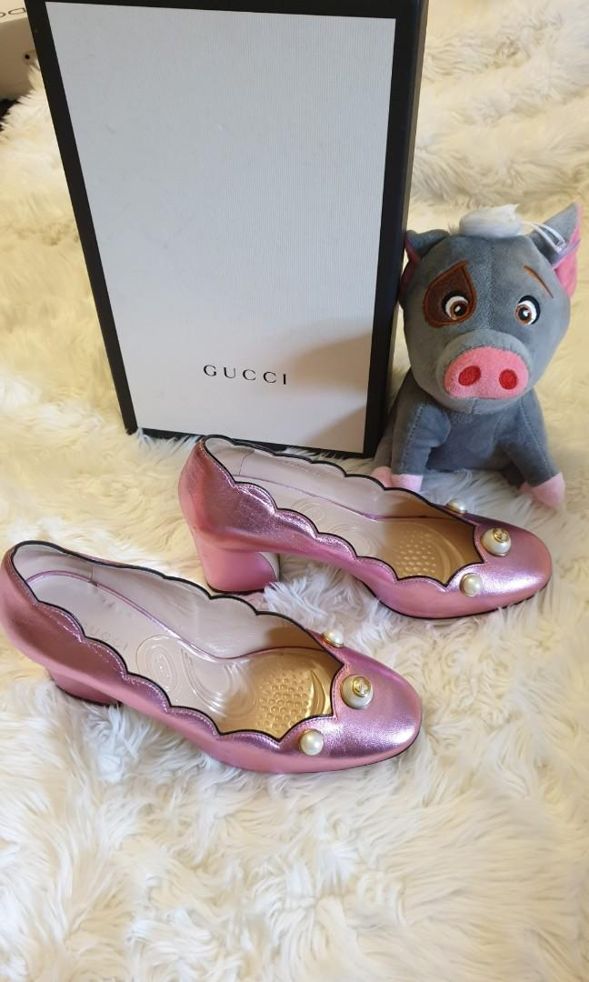 👠 Gucci Willow Pearl Embellished Metallic Patent Pumps Size 37 👠