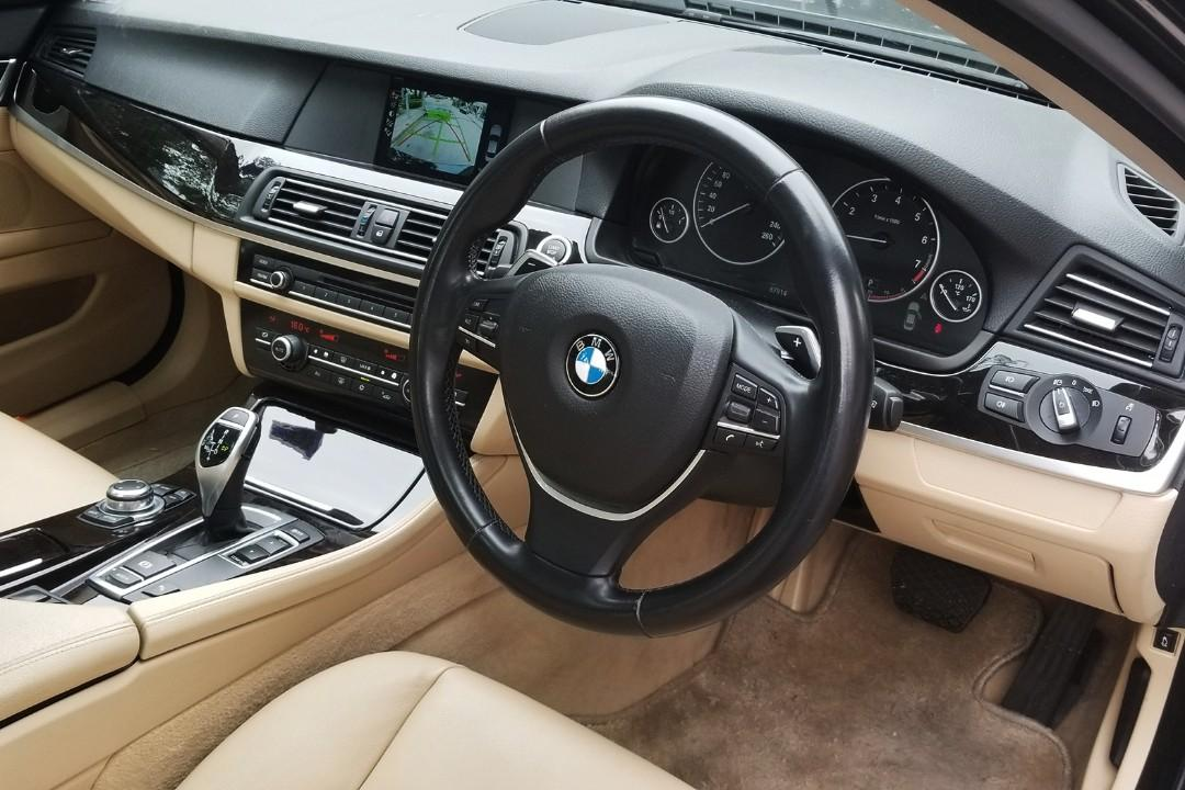 BMW 520IA EXECUTIVE (1997cc) 2011