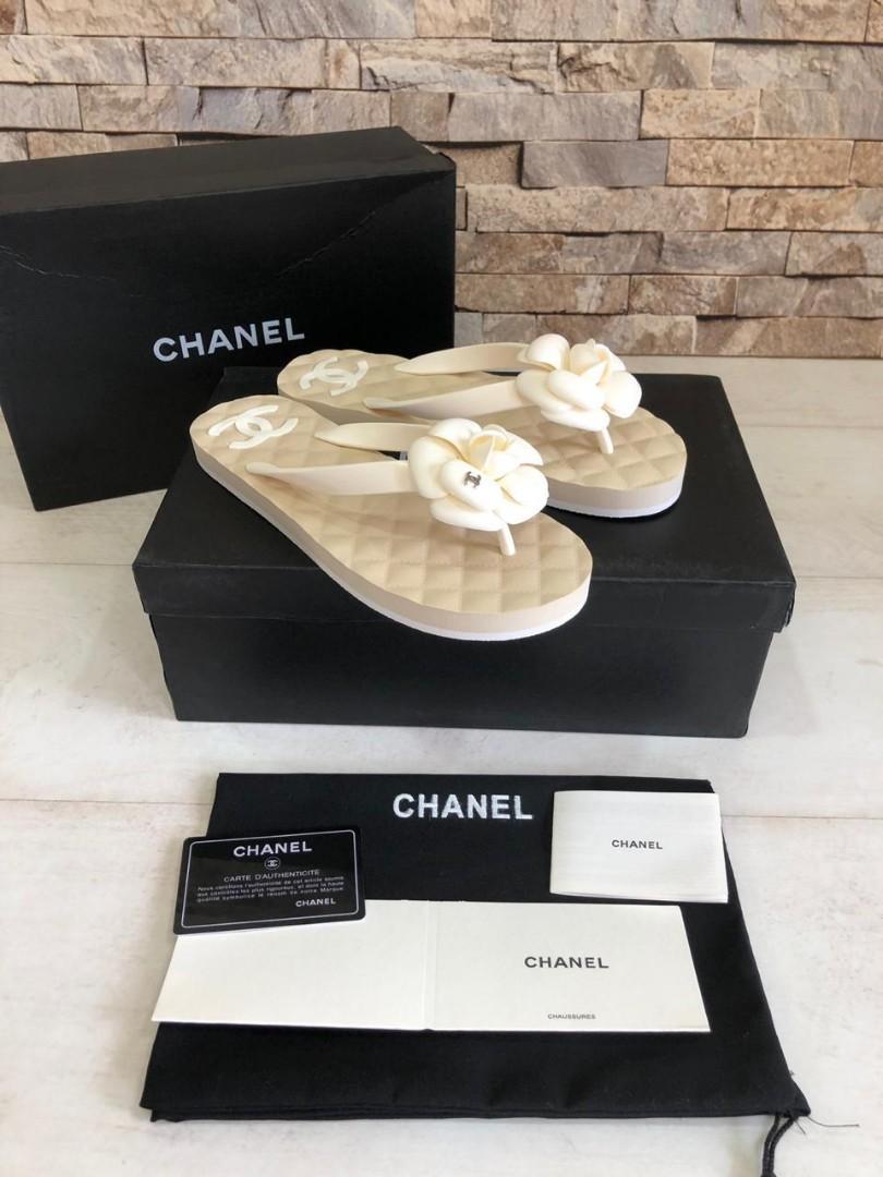 Chanel Slipper 35726, SUPERMIRROR, 35-40  Standar size  H  @550rb  Berat 600g