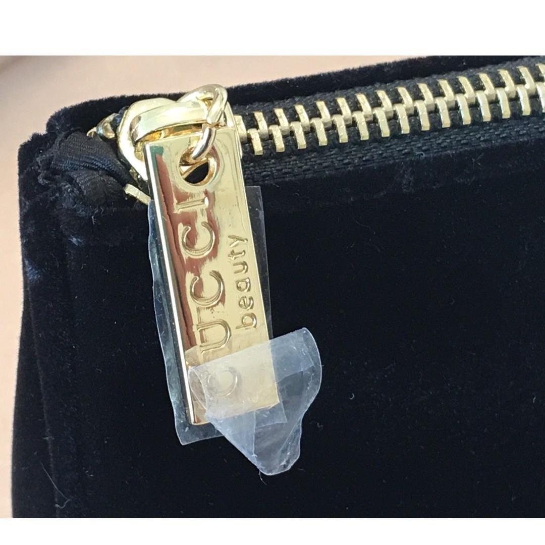 GUCCI Large Black Velvet Makeup Bag / Cosmetic Bag / Party Evening Pouch. RARE.