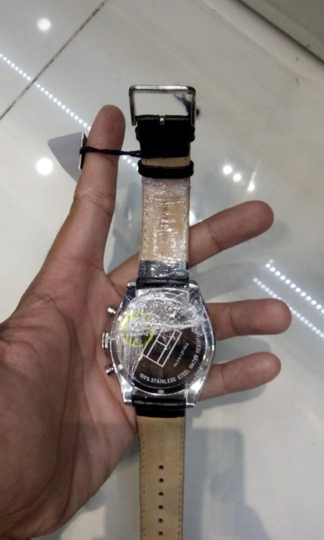 35059408 Jual jam tangan pria Tommy Hilfiger Original, Men's Fashion, Men's Watches  on Carousell