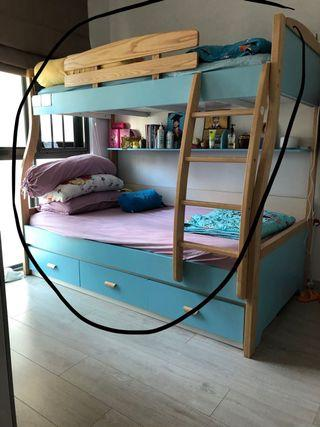 🚚 Double Decker Bed frame with drawers (2.5yr old)