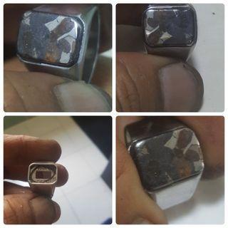 🚚 Customer order (NFS) METEORITE KENYA PALASITE OLIVIN)