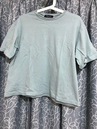 湖水藍 t shirt