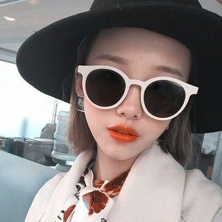 🚚 白色太陽眼鏡
