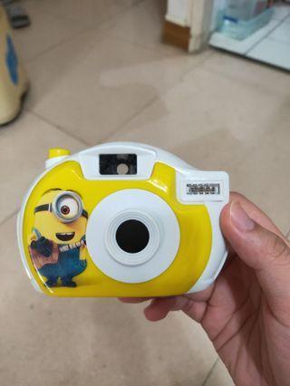 小小兵玩具相機