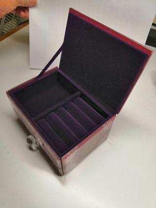紫色首飾盒