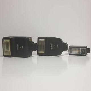 🚚 Vintage flashes in working condition
