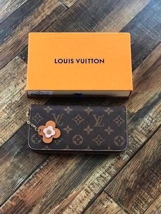 Ready Stock Louis Vuitton Zippy Wallet / Purse