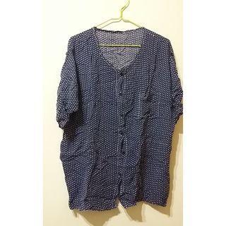 (僅下水)薄藍色白點點短袖/外罩衫/上衣