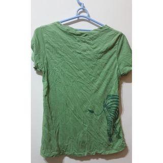 (二手)美國品牌,綠色上衣t,版子較小XL