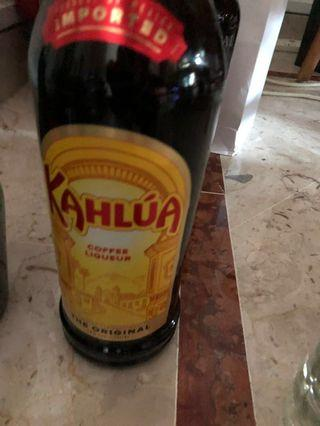 Kahlua 1L . For great cocktails with coffee flavour. Free gift wrapping