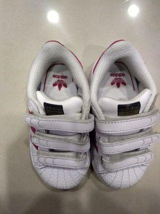 🚚 Adidas superstar 金標桃紅色 童鞋 US 5號半(12.5公分)