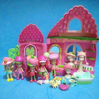 Strawberry shortcake house playset hasbro