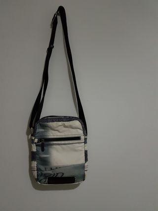 #BAPAU Tas Sling Bag Calvin Klein