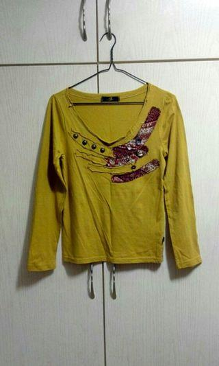 Women long sleeves yellow top