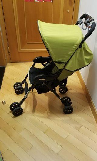 Combi Quickids stroller  (Good Condition)