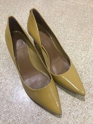 Tory burch high heels nude tan size 7 1/2 AUTHENTIC