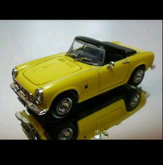 Vitesse 1:43 1966 Honda S800 (Yellow)