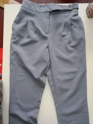 Queenshop 休閒造型腰帶七分西裝褲