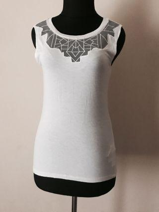 New Look Cool Geometric Mesh Cut Out Sleeveless Top