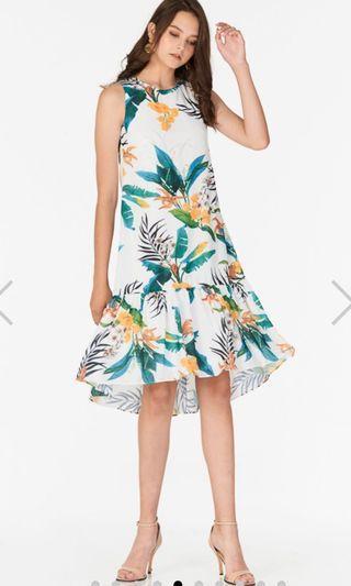 🚚 The Closet Lover TCL Corelia tropical printed dropwaist dress M