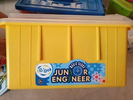 Gigo junior engineer magic gears