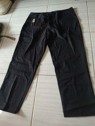 Celana jumbo 4L