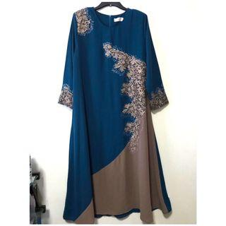 BN-Embroidered Sequins Princess Cutting Long Dress/Jubah. Size XL