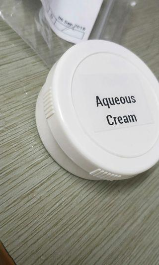 🚚 Aqueous cream
