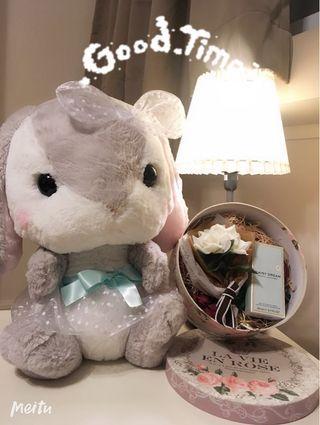 Present Set with Perfume / Plush Toy / Flower