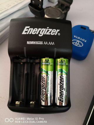 Energizer rechargeble AA battery with charger