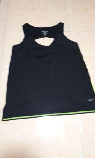 M size Nike DRI-FIT